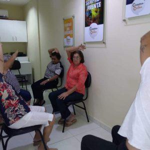Relaxamento com alunos realizado na Unidade Mossoró da Ginástica do Cérebro